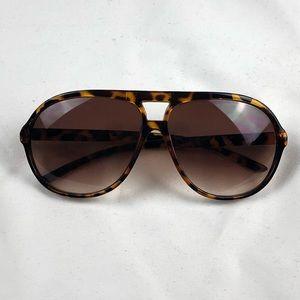 Unisex Tortoise Shell Sunglasses